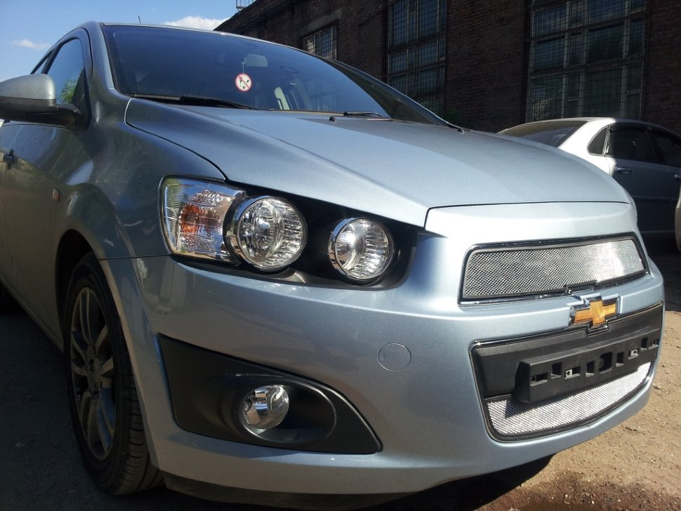 Защита радиатора Chevrolet Aveo 2012- chrome низ